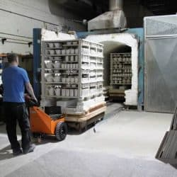 TP250 battery powered pusher moving kiln trolley's