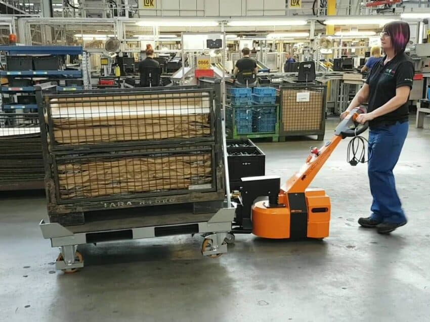Parts and kitting trolleys