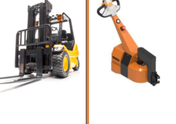 forklift vs electric tugs